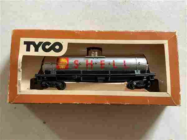 Tyco HO Scale Electric Trains Shell Car in Box