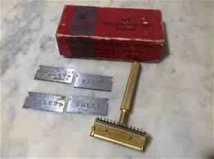 Early Valet Razor and Razorblades in original box
