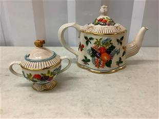 Waterford holiday heriloom tea pot and sugar holder