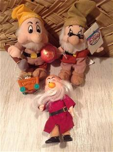 Lot of Vintage Disney Dwarves toys
