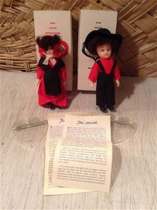 """Pair of Amish Dolls with Box and Stands 5.5"""" tall"""