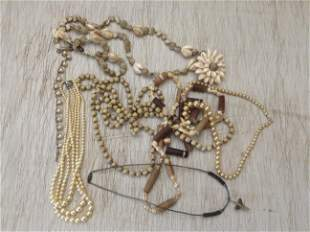 Lot of vintage costume necklaces
