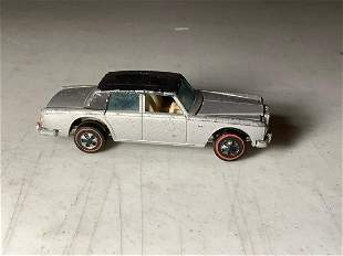 red lines hot wheel rolls royce very good condition