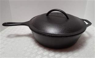 Lodge Cast Iron Pan With Lid