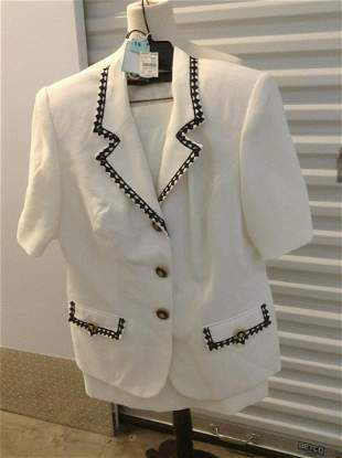 August Max Two Piece Skirt Suit with Original Tags Size