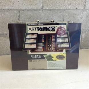 Art Studio 2-Level wooden case 168 piece set