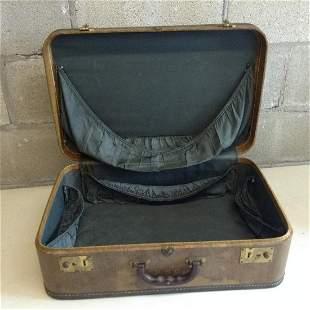 """Vintage Suitcase 21""""x13.5""""x7"""""""
