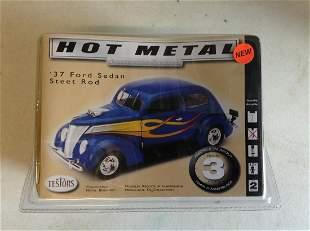 Hot Metal '37 Ford Sedan Street Rod Collectible Metal