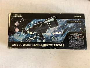 National Geographic 225x Compact Land and Sky Telescope