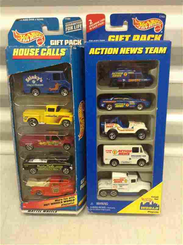 2 Hot Wheels Gift Packs