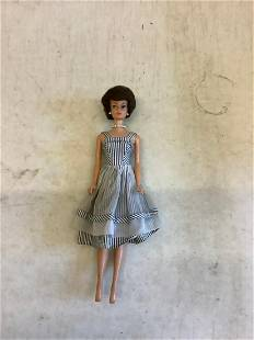 Vintage 1960's Midge doll with outfit