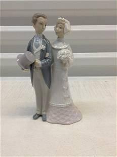 "Lladro Bride and Groom 8"""