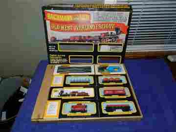 Bachman Central Pacific Old West Overland Freight Train