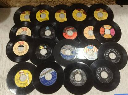 Large lot of Sam Cooke, BeeGees, Michael Jackson and