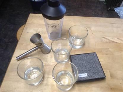 Gentleman Jack Whiskey Bar Set