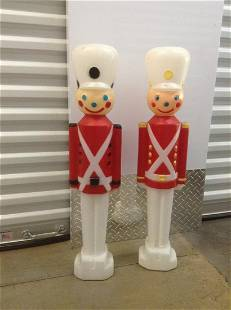 "Toy Soldier Blowmolds 31"""