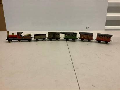 Lot of tin train toy with cars