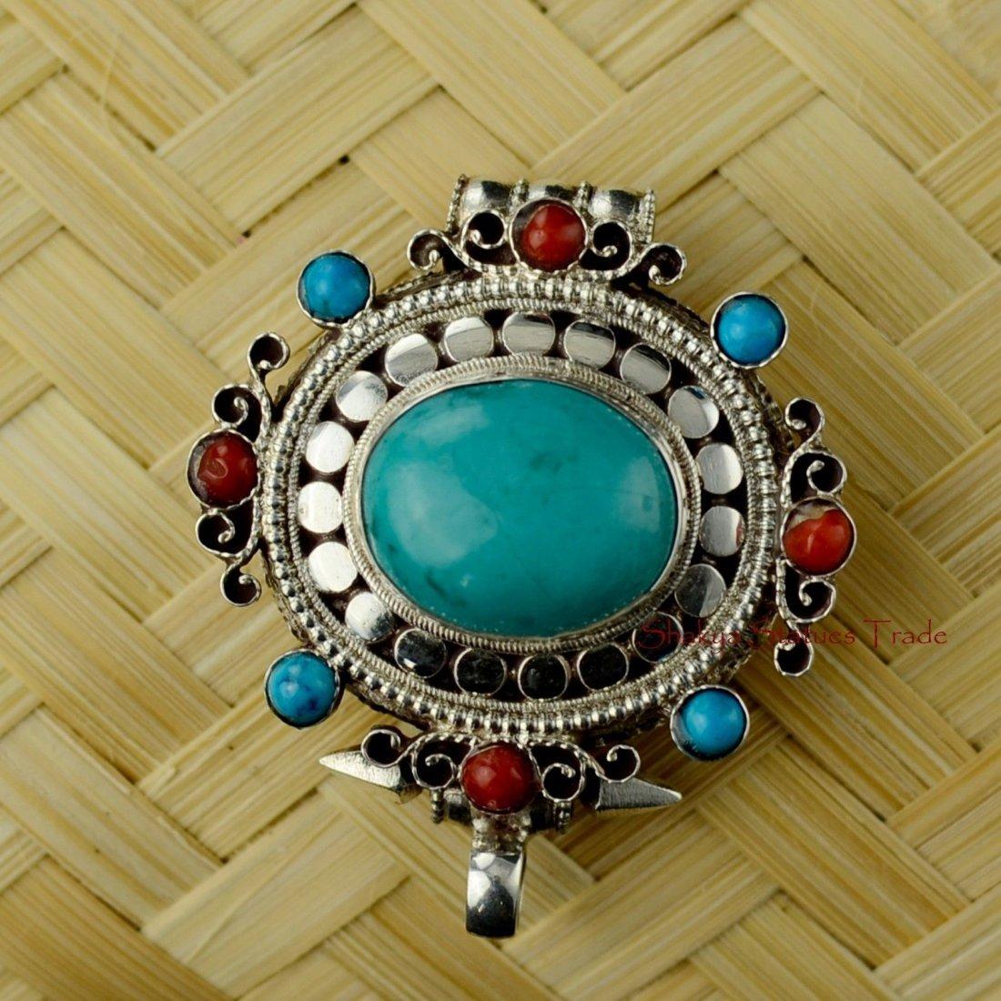 Tibetan Buddhist Silver Ghau Gau Gau Prayer Box Pendant
