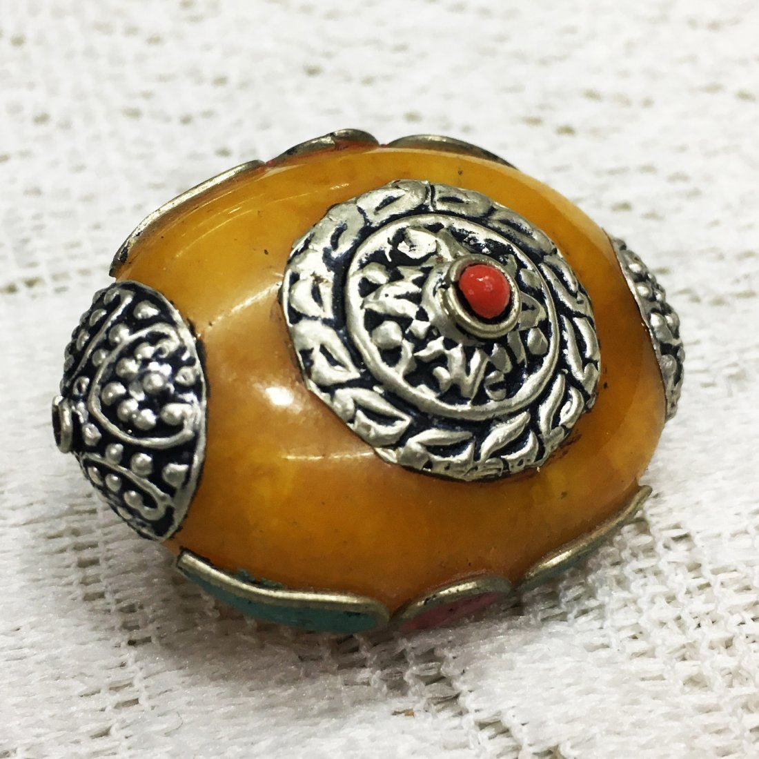 25 Beads - Hand carved Tibetan silver Amber Beads