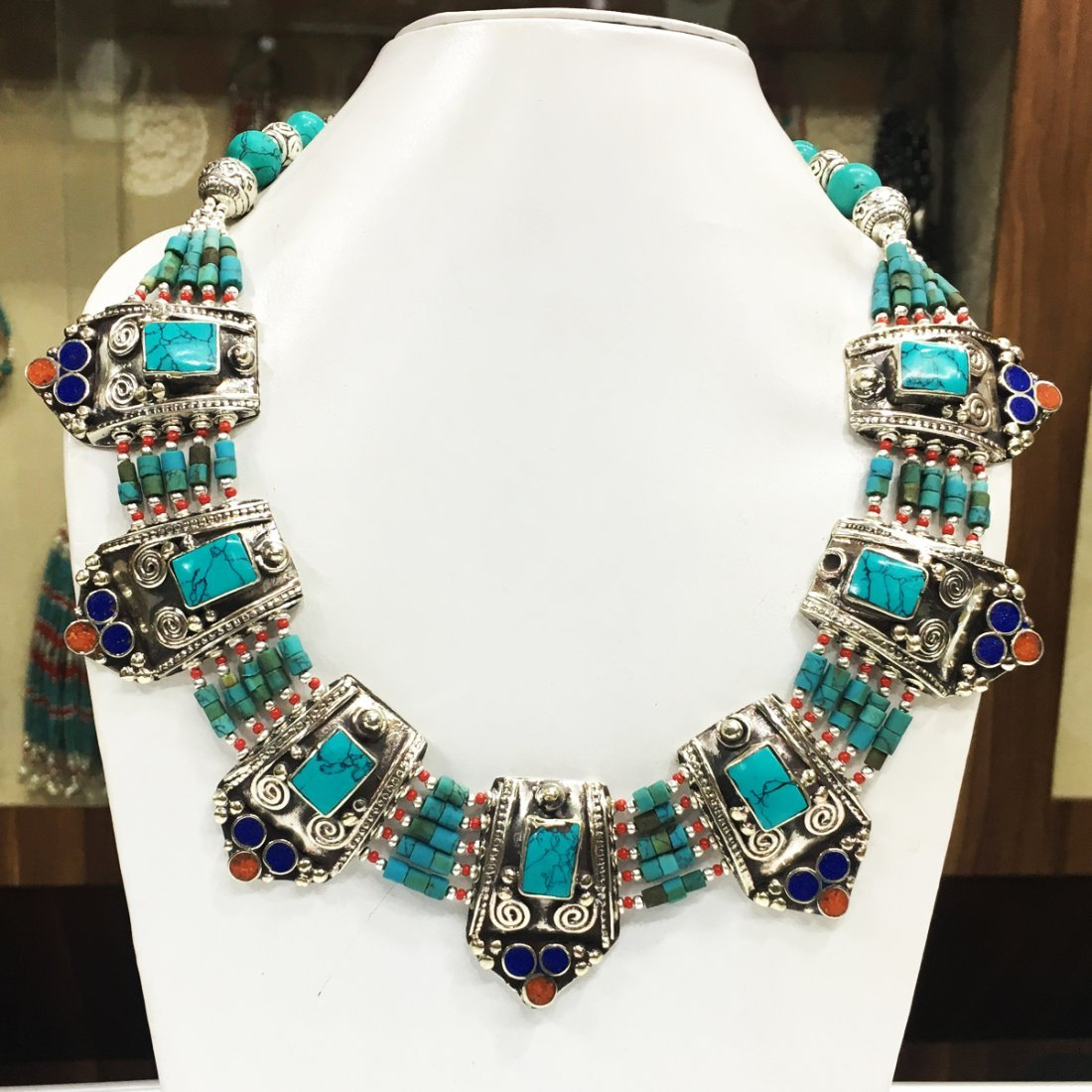 New Arrival Nepali Turquoise Coral Tibetan Necklace