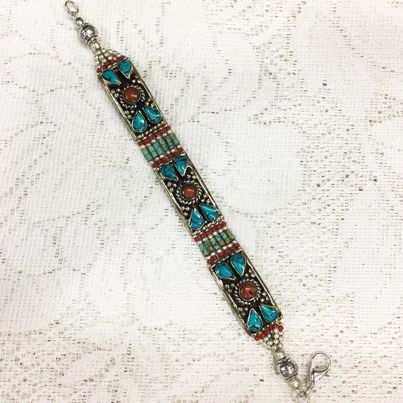 Ethnic Tibetan Coral & Lapis Beautiful Bracelet