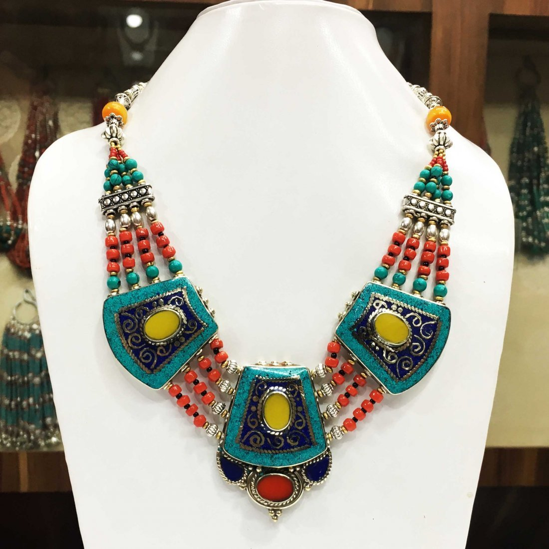 Natural Turquoise with Coral Beads Necklace