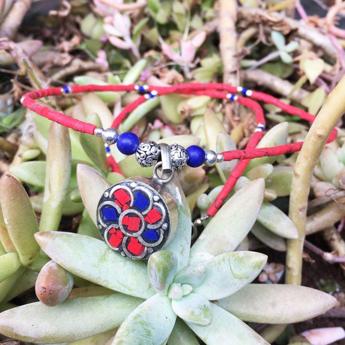 Ethnic Tibetan Coral & Lapis Beautiful Necklace - 2