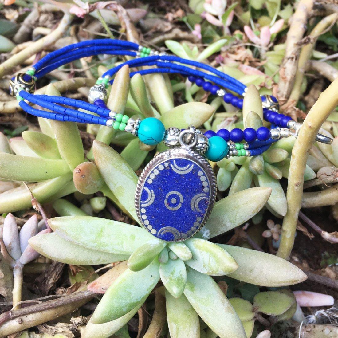 Natural Tibetan Coral & Lapis Beautiful Necklace - 2
