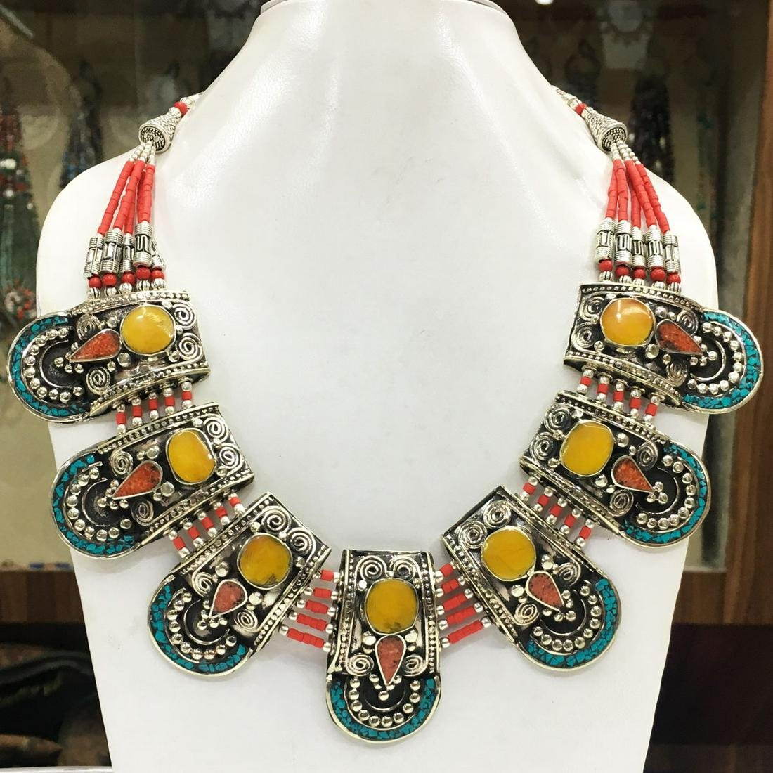 Women's Old Vintage Turquoise Tibetan Asian Necklace