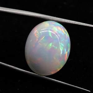 9.04 CTS Natural Ethiopian Opal - 17.7X14.5X7.4 MM