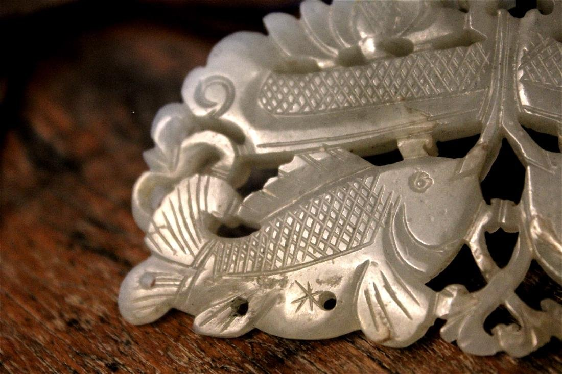 chinese rare jade carved fish pandent - 2