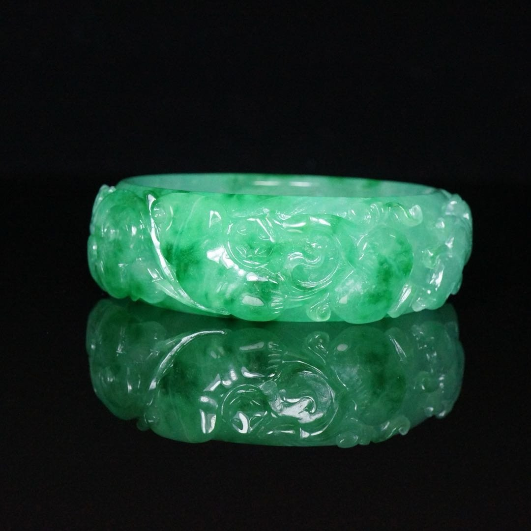 Chinese Qing Dynasty Jade Bracelet - 2