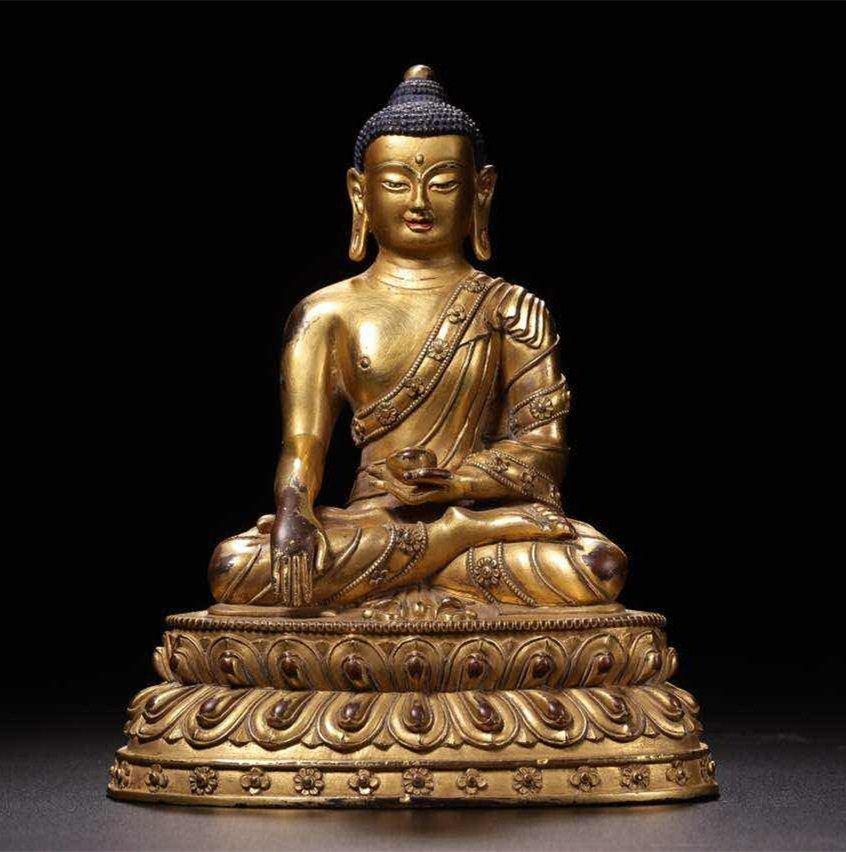 Chinese Qing Dynasty Gilt  Bronze Seated Shakyamuni