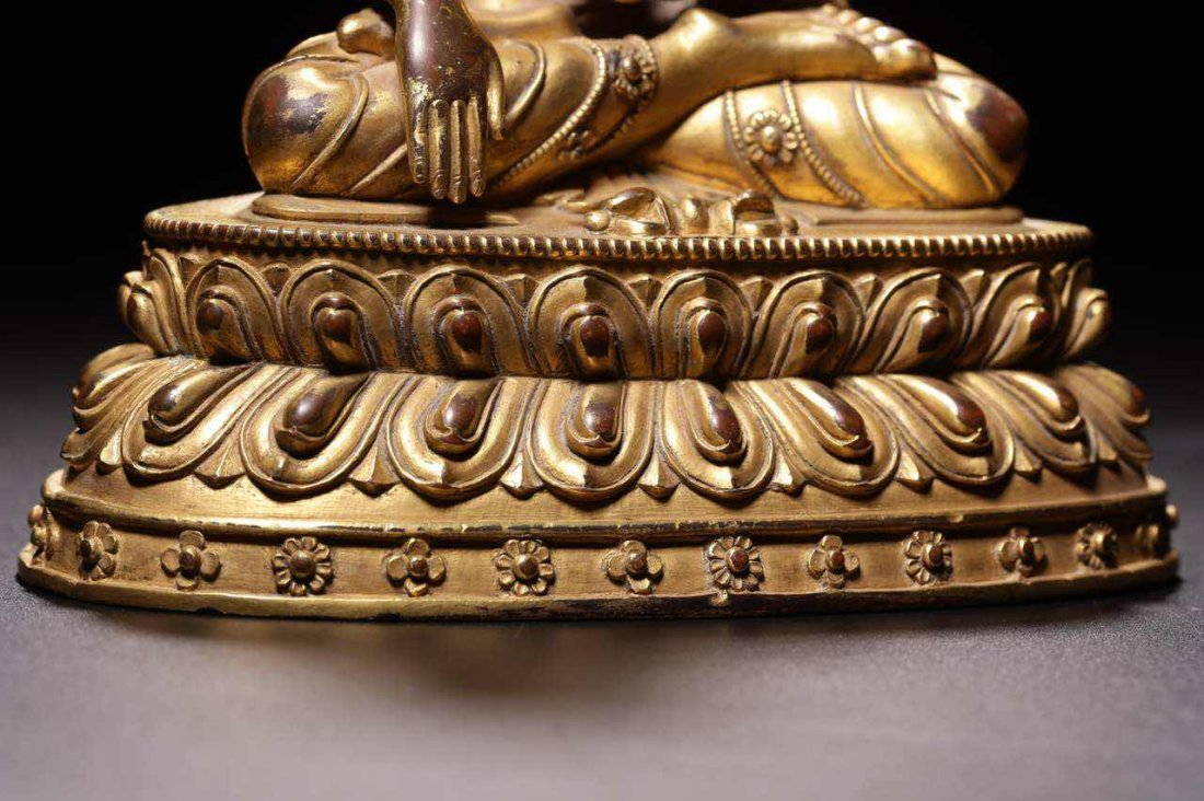 Chinese Qing Dynasty Gilt  Bronze Seated Shakyamuni - 5