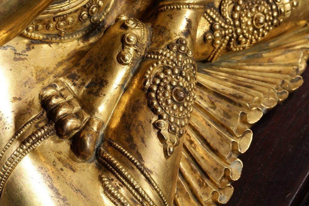 Chinese Qing Dynasty Gilt Bronze  White Tara - 4