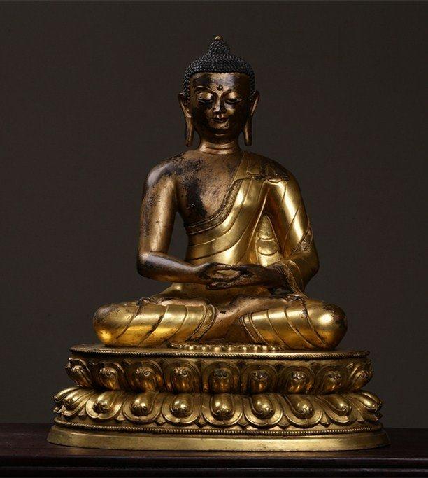 Chinese Qing Dynasty Gilt  Bronze Buddha Figure
