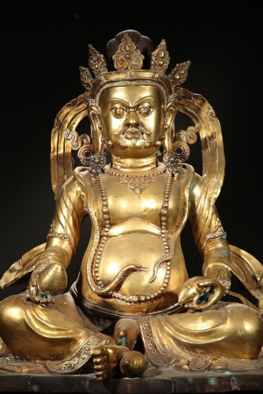Chinese Qing Dynasty Gilt  Bronze Buddha Figure - 2