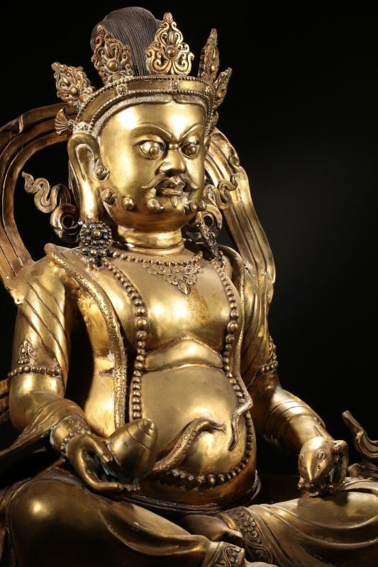 Chinese Qing Dynasty Gilt  Bronze Buddha Figure - 4