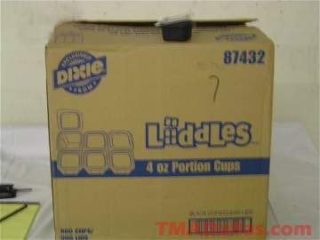 59: 1 BOX OF DIXIE 4 OZ BLACK PORTION CUPS (NEW) (900 C