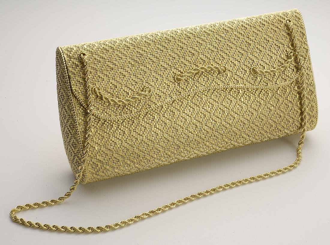 """18 Carat Gold Evening Purse with 16"""" chain"""