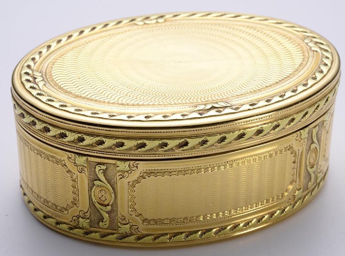 Oval Antique Gold Snuff Box