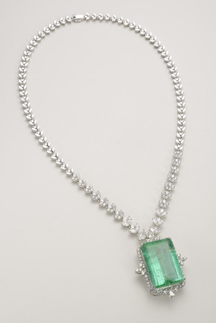 Columbian Emerald Necklace Surrounded by Dimonds 38.99