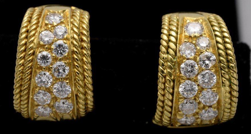 Italian 1960 Vintage Earrrings with 22 diamonds and