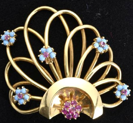 Vintage 1950's Yellow Gold Ruby Pin