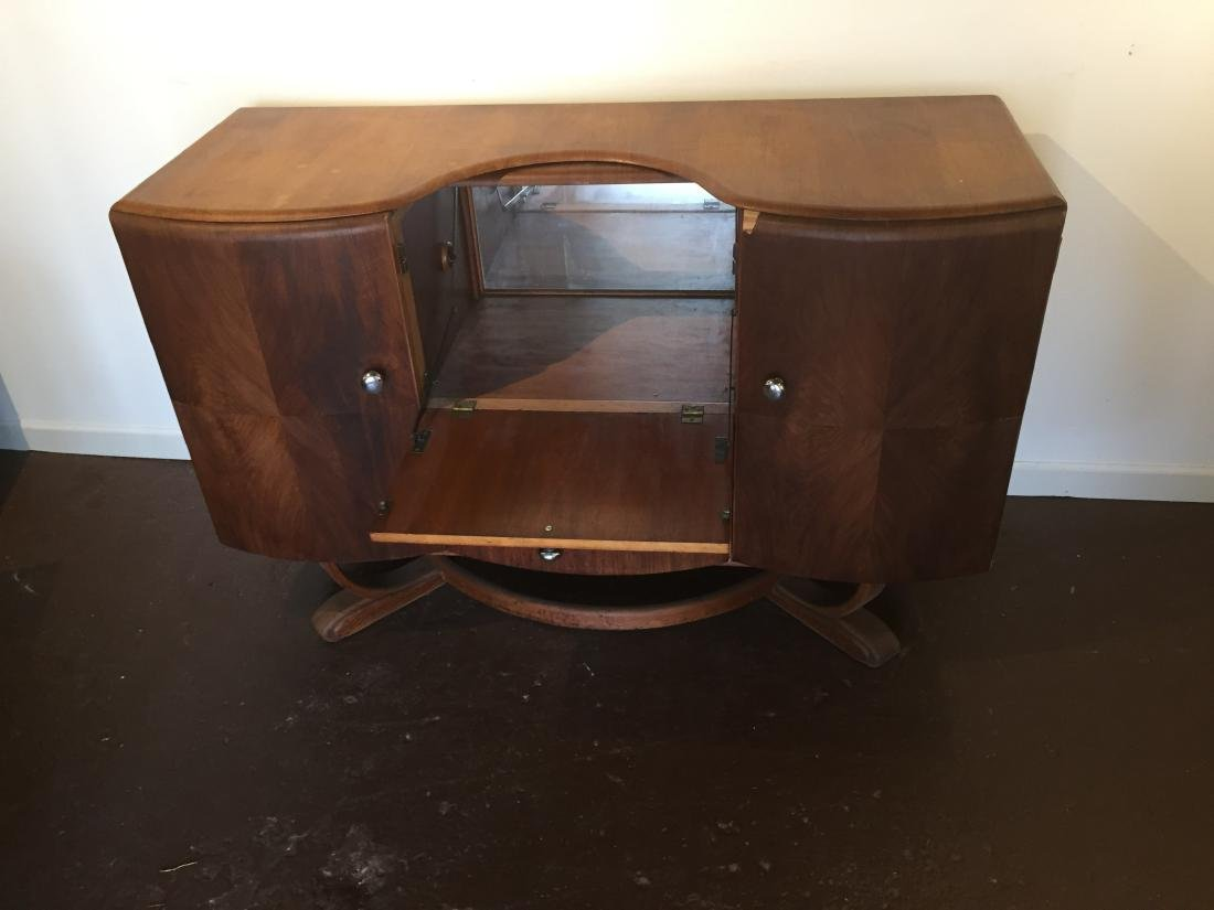 Mid-Century Art-Deco Cocktail Bar - 2