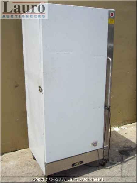 129C: Arctic Air R22CW3 1dr. White Commercial Refrigera