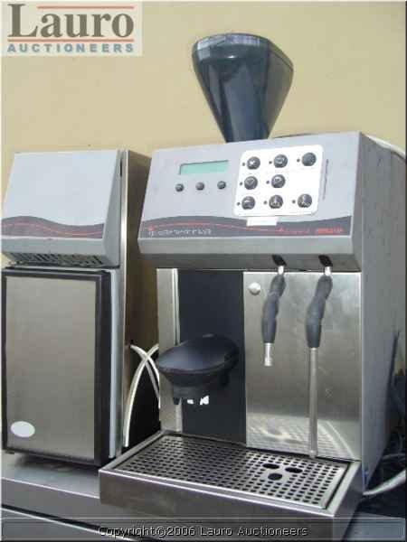 157C: iPanema Cappuccino Machine w/ Vitri Frigo FG12 Ex