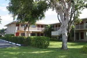 8G: Tradewinds Condominium Unit 8 Floor 1 1BD/1BA