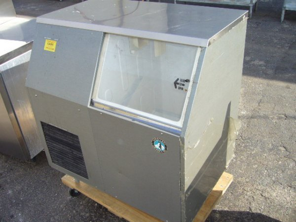 5: Hoshizaki F-300-BAF 300 lb Flaker Ice Machine