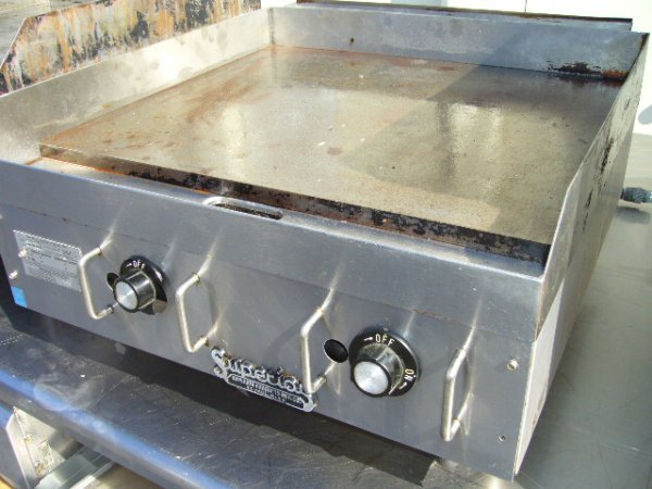 24: Star 624MS Gas Griddle